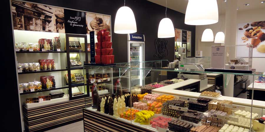 LEONIDAS chocolates cafe