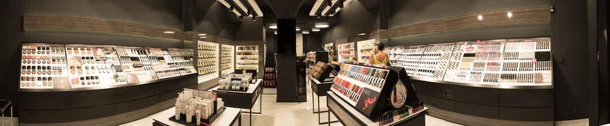 4296cdcf2e4 Ένα νέο κατάστημα προστέθηκε στην μεγάλη οικογένεια της O-MORFIA Cosmetics  και αυτή τη φορά στη Πάτρα επί της οδού Ρήγα Φεραίου 142.